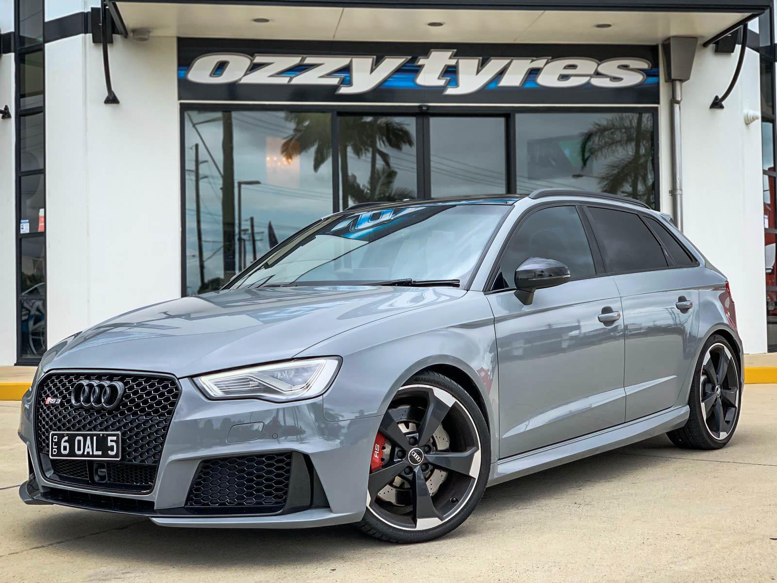 Audi rs3 on Hussla MOZ gloss black 1 of 5 1