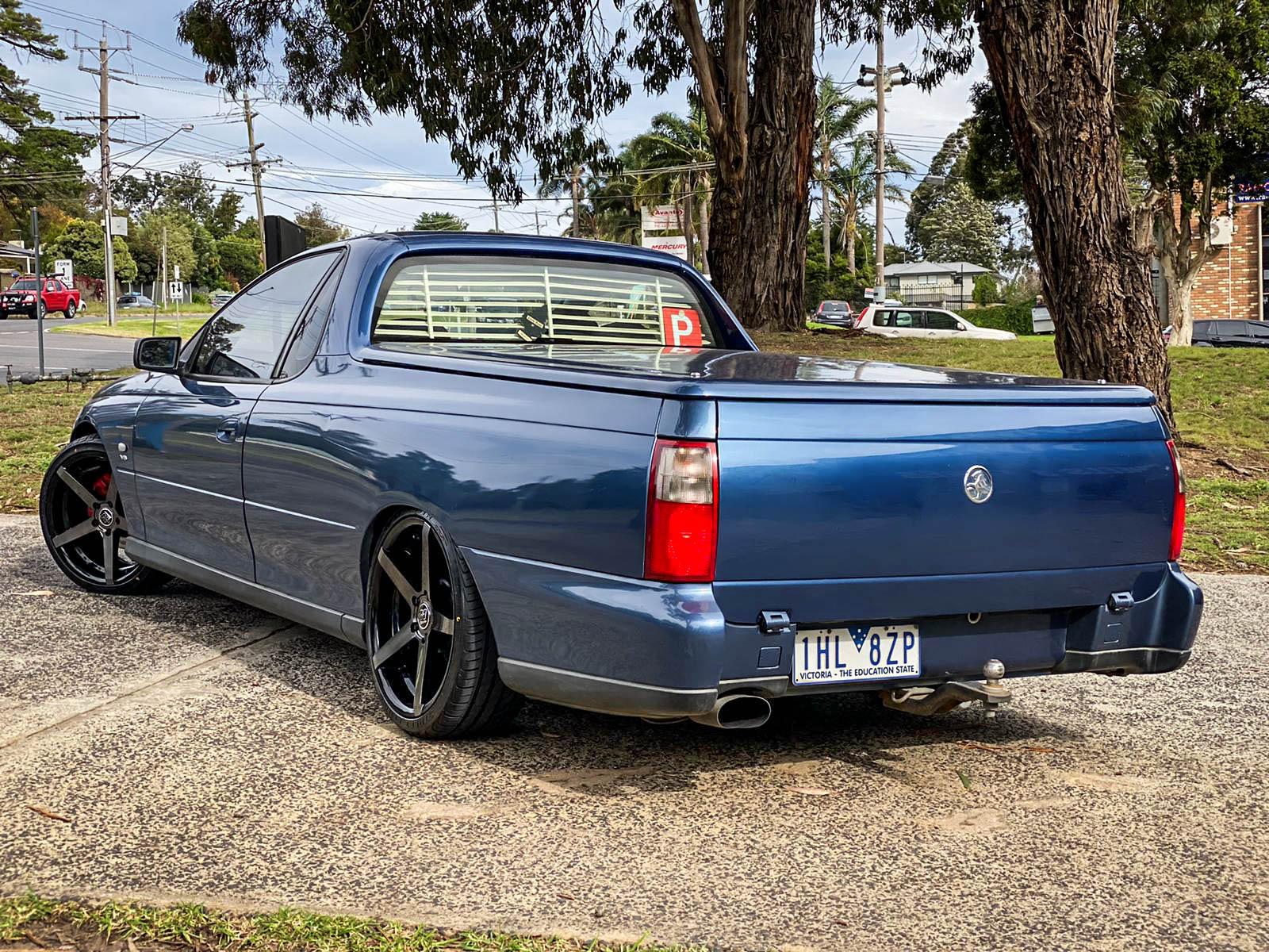 Holden commodore on hussla zane dark tint5